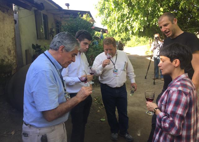 Sergio Correa, presidente del jurado Catad'Or Wines Awards junto a  jurado invitado. Félix Guinand, Alan Grudsky y Cassia Campos.