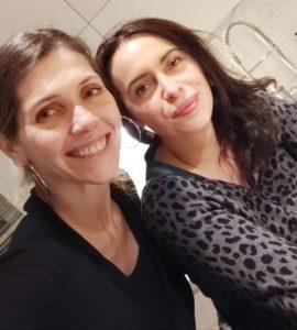 Mariana Martnez y Claudia Gacitúa dirigen este nuevo taller de vinos y quesos.