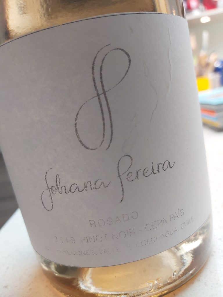 Johana Pereira Rosado Pinot Noir y Pais 2019, Paredones